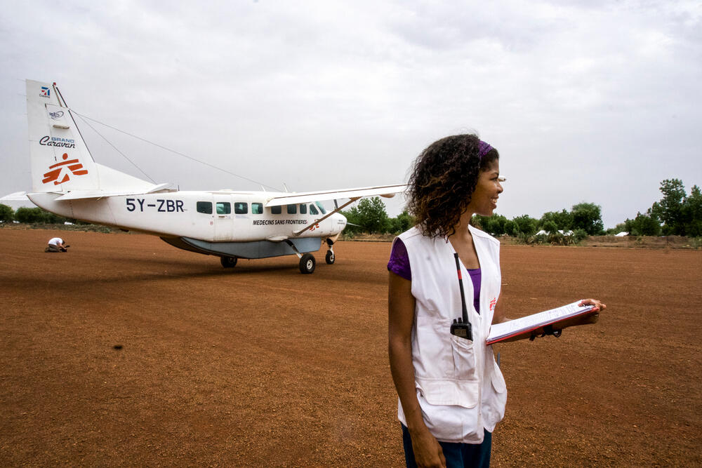 Receiving supplies by air in Maban