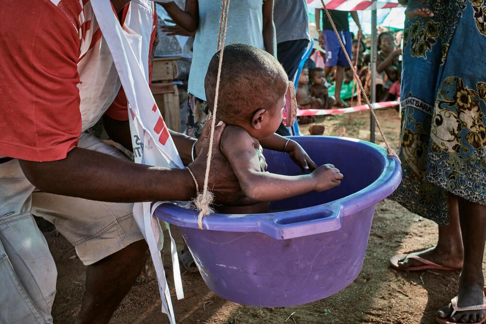 Malnutrition emergency: mobile clinic in Ranobe