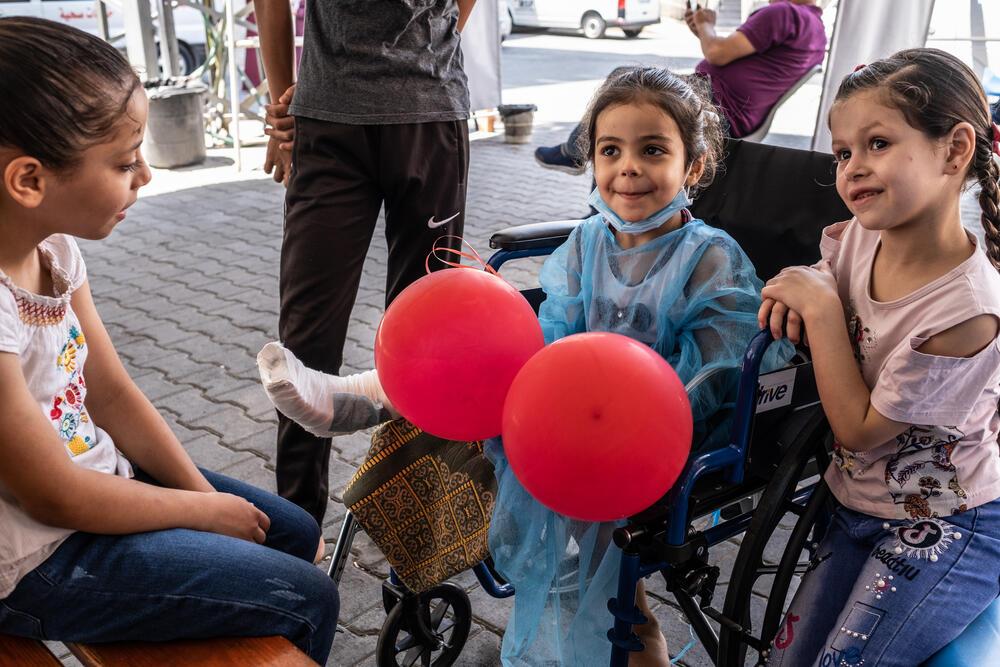 Treating child injuries in blockaded Gaza 14