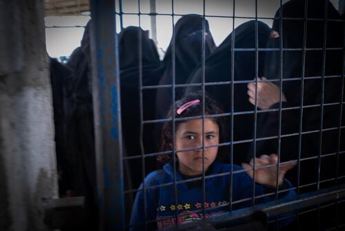 Through the fence – Al-Hol, Syria, 9 March 2020