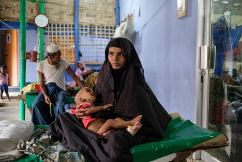 A Rohingya mother and child patient in Kutupalong clinic, Bangladesh.