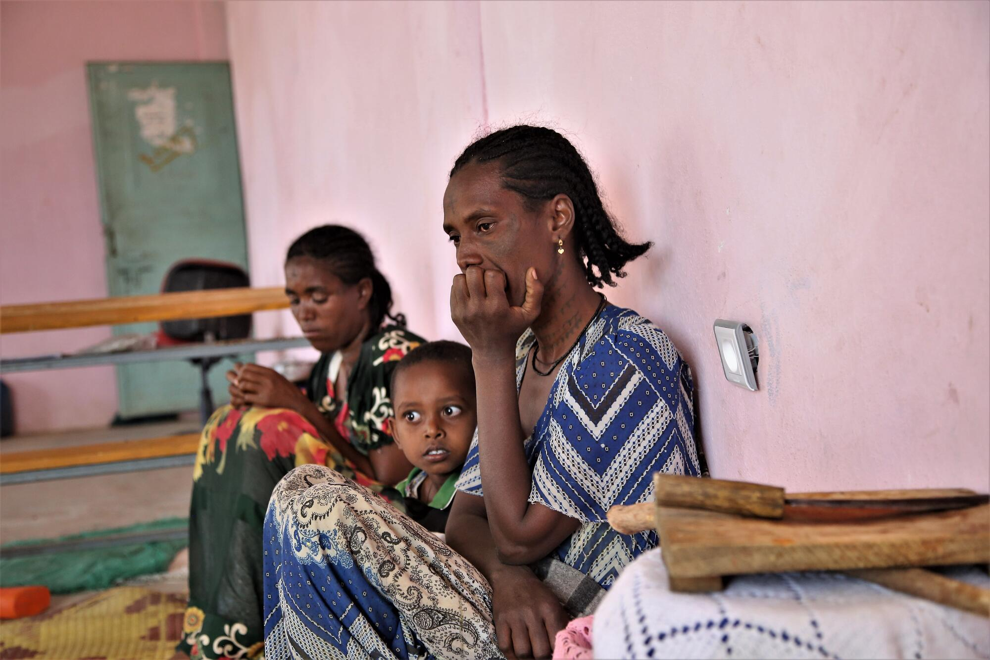 Tigray crisis: Cities in north Ethiopia fill with displaced people fleeing insecurity