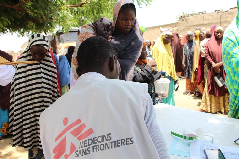 An MSF mobile clinic taking place at a displacement camp in Maiduguri