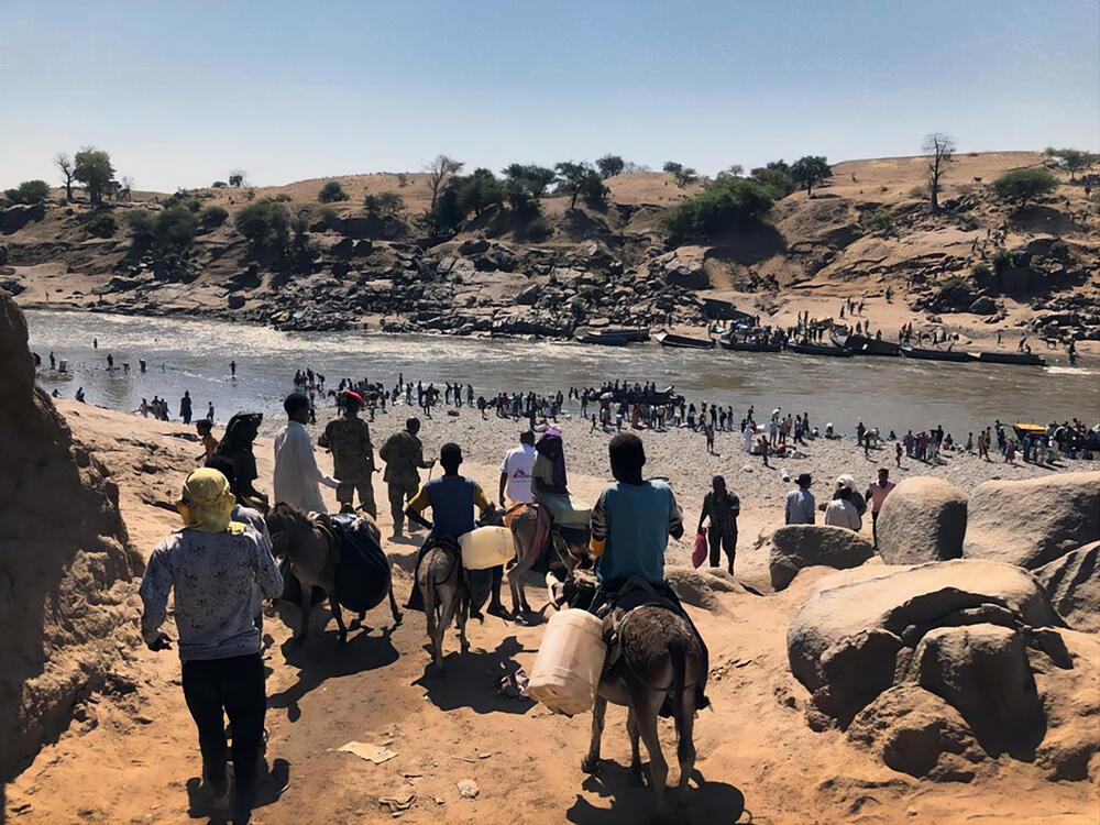 Ethiopian Refugees Crossing - Hamadayet Border