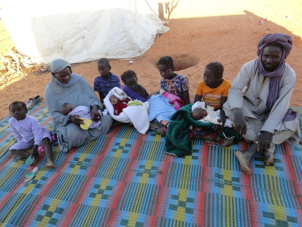 Quadruplets with family born at the MSF hospital in Bassikounou, Mauritania