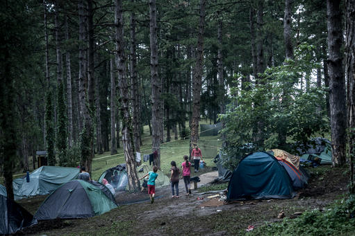 New Balkan migration route through Bosnia