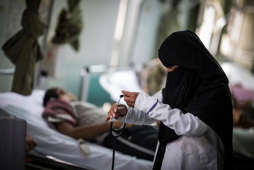 Saving lives without salaries in Yemen