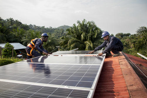 MSF has installed a solar panel system at the General Hospital of Kigulube in South Kivu, Democratic Republic of Congo, to give