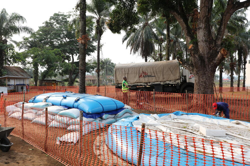Clean drinking water, trucked into Popokabaka Hospital by MSF