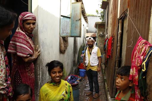 Outreach in Kamrangirchar, Bangladesh