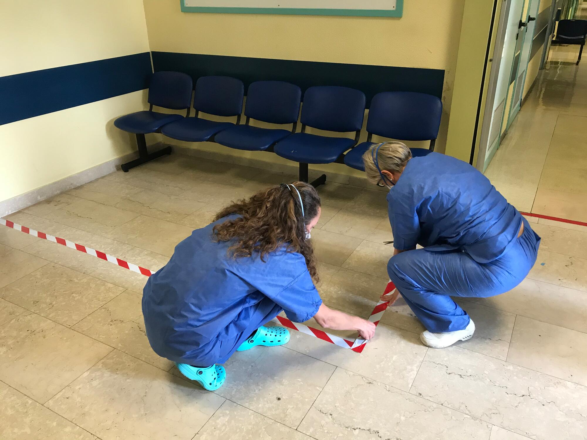Setting up a safety zone at Codogno Hospital in northern Italy