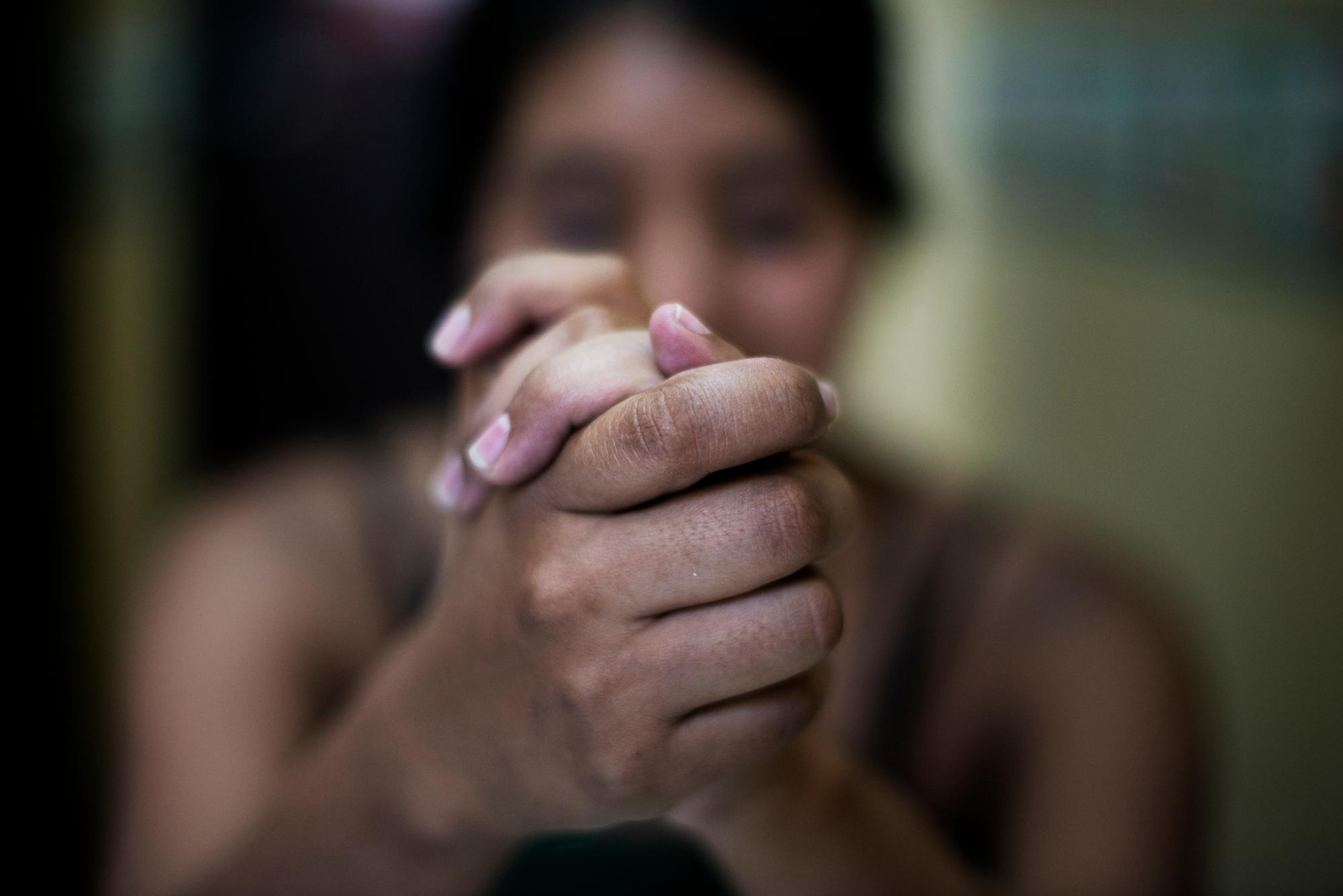 The hands of a woman treated by MSF's sexual violence team in Honduras