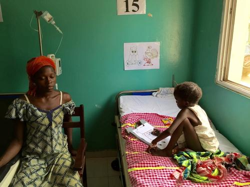 Paediatric care in national hospital in Bissau