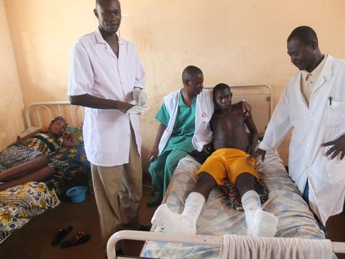 Bangui, hospital communautaire, emergency operation