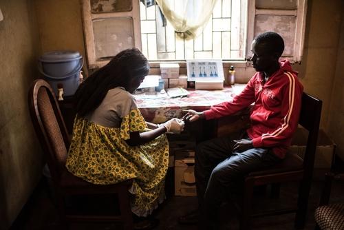 MSF HIV Clinics in Kinshasa, DRC
