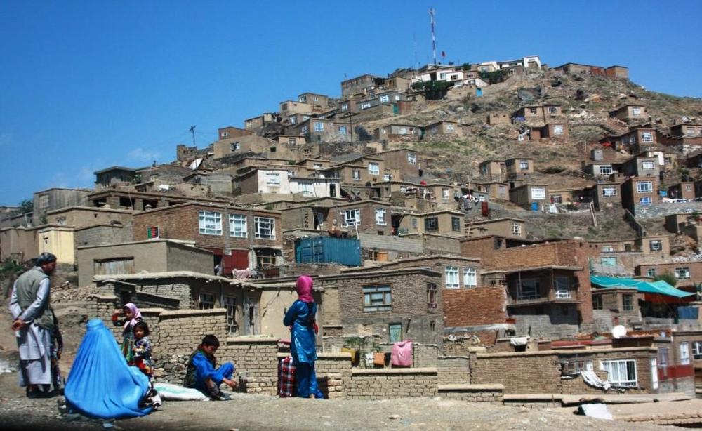 Tzv. Televizní hora, jedna z dominant Kábulu čnící nad městem.