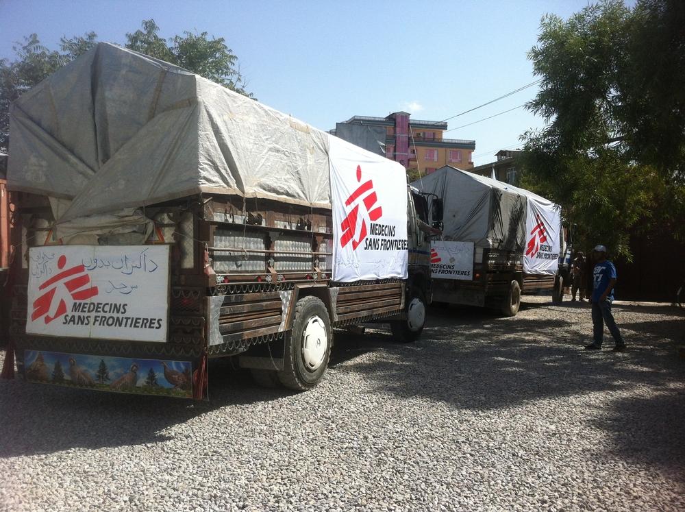 Zásoby rychle dopravené z Kábulu do Kundúzu.