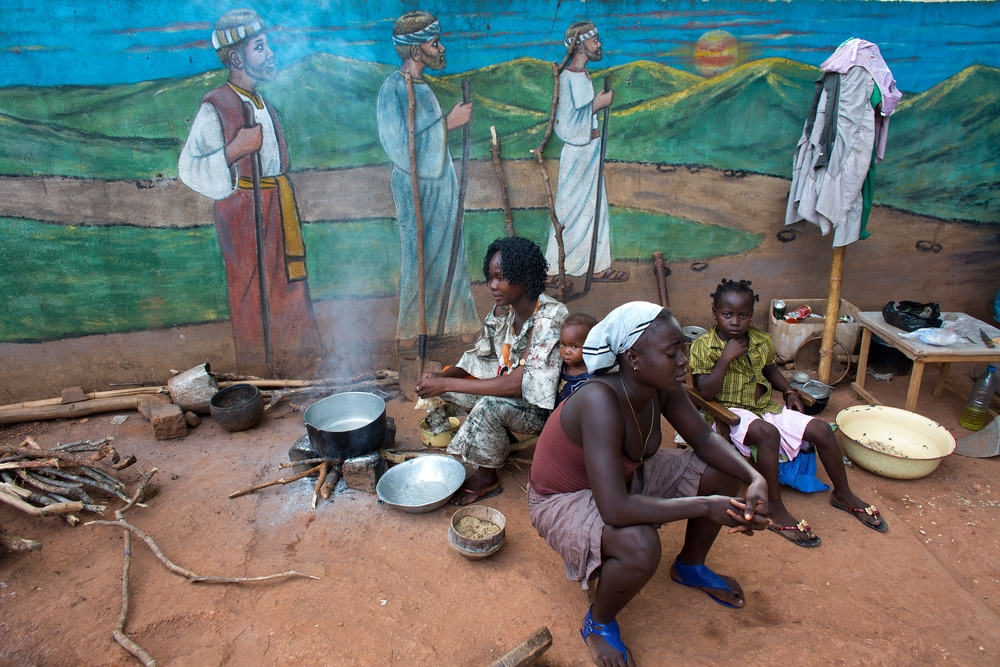 Displaced Christians who have fled the violence by Seleka Muslims take refuge in the catholic mission in Bossangoa