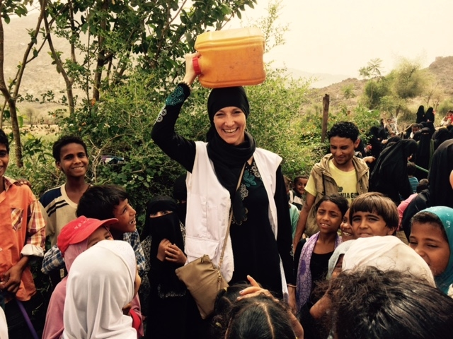 Visiting a water well, which MSF had been supporting with fuel, in Qatabah