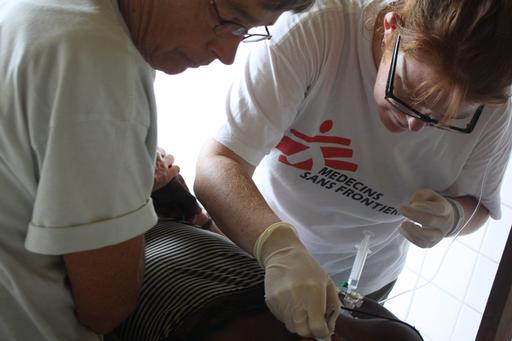 Medical care for war wounded in Pinga, DR Congo, September 2012