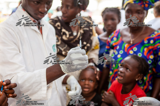 Measles Vaccination in Conakry
