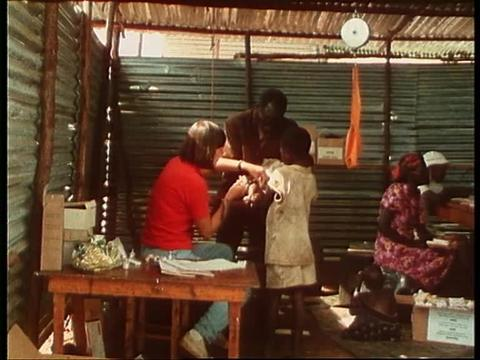 VIDEO: Rwanda 1982, exile to survival (FR)