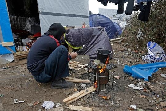 Jungle refugee camp Calais - Jan 2016