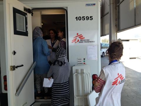 Greece: MSF mobile clinics with midwifes and psychlogist in Elliniko camp (Athens)