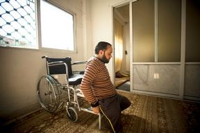 Omar Al Balkhim, surviving the wounds of Syria