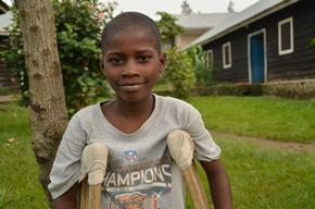 DRC, in Rutshuru hospital, MSF works in emergency + intensive care + surgery due to the violence, Aurelie Baumel / MSF, nov 2012.