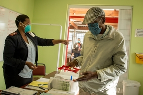 Simphiwe Zwide - MSF Treatment For TB in South Africa.