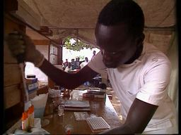 VIDEO: Sleeping sickness in the wake of an old disease (ENG)