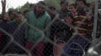 WEBCLIP: Omer, held in a detention centre on Samos, Greece (INT)
