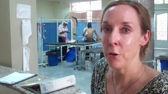 Anne-Marie Pegg, doctor and PC in Aden, explains activities in MSF hospital, notably non-violence related trauma victims (INT)