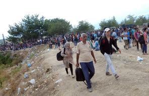 Chaotic scenes at Greece/FYROM Border