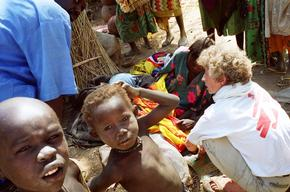 Chad, mobile clinic in Dar Sila camps