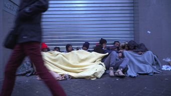 Migrants on the streets of Paris: harassment and police violence must stop