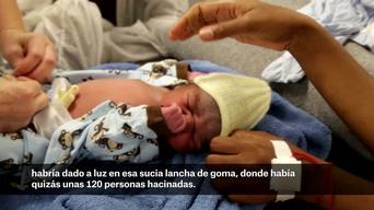Childbirth on board of Dignity I (Spanish)