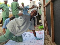 MSF staff in Guinea Ebola mission responds to support messages