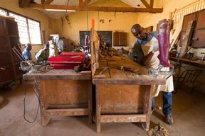 Manufactures prosthesis close to General hospital of Bangui