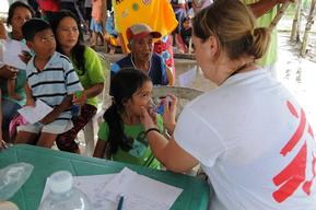 MSF Mobile clinic in Macanip village
