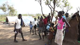 Uganda – 250,000 South Sudanese refugees in Yumbe camp (INT)