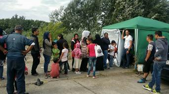 Refugees in Horgos (Serbia) - web quality