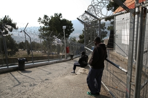 Greece : testimonials from asylum seekers one year after EU-Turkey deal