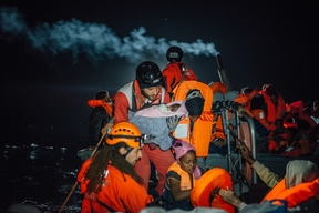 Aquarius SAR: Winter conditions and high seas