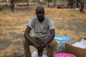 Outdoors support clinics, Thaker. Leer, South Sudan