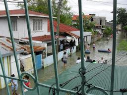 Philippines, Bulacan province, following the floods, MSF provides emergency medical assistance, MSF, august 2012.