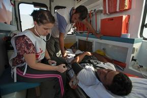 MSF provides psychological and medical assistance on Greece FYROM border