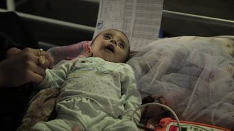 WEBCLIP: Babies suffering from malnutrition in Qayyarah (ES)