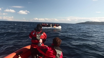 MSF and Greenpeace collaboration in Lesbos EN